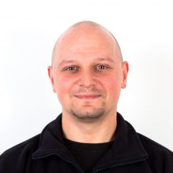Warehouse Operative pawel.wojnowski@supreme.co.uk 0161 786 8332